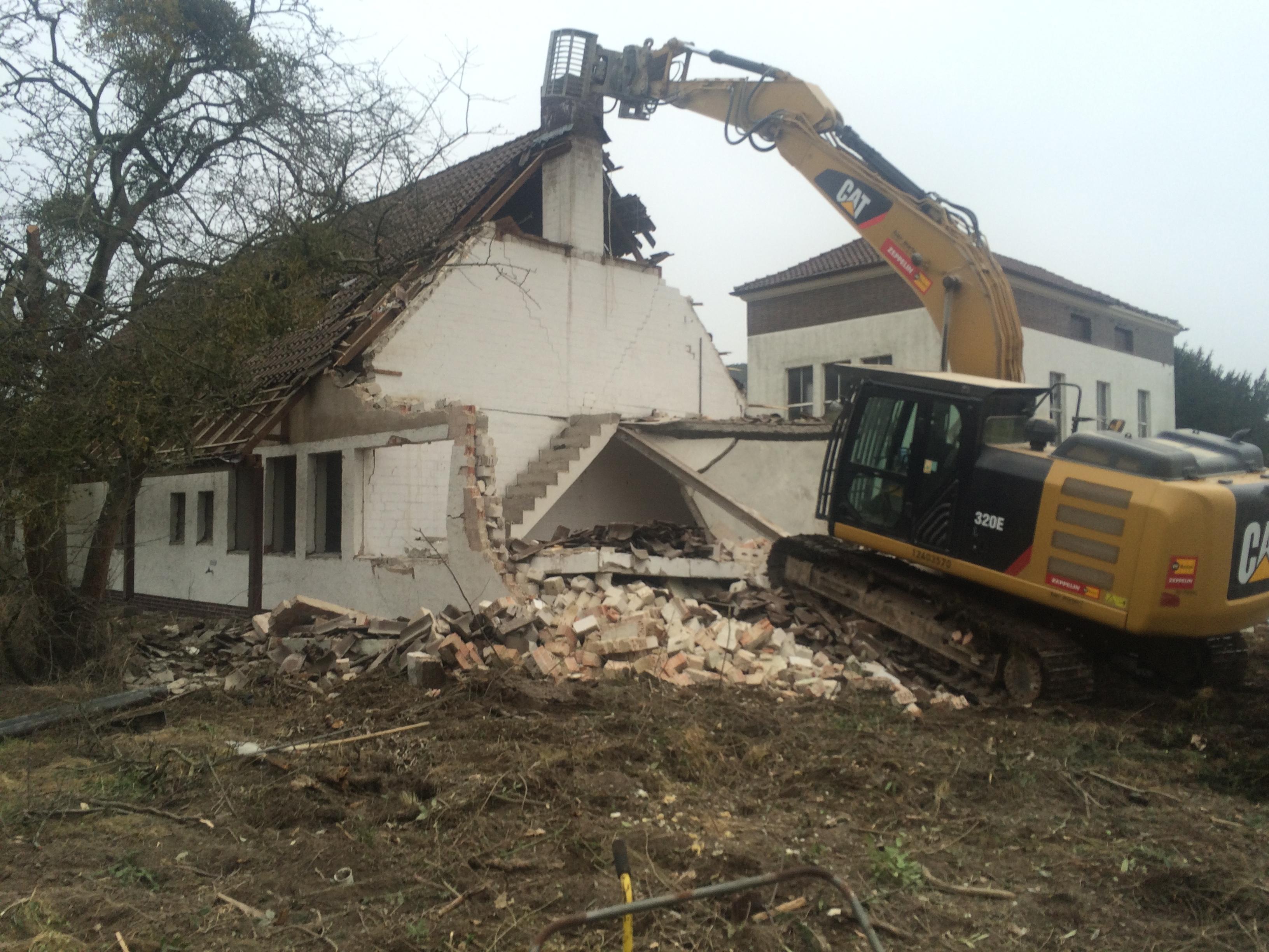 Abriss und Sanierung
